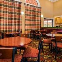 Photo taken at Best Western Orlando East Inn & Suites by Yext Y. on 4/15/2018