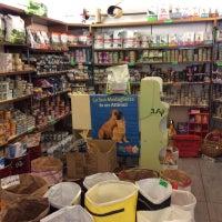 Foto scattata a Brilli Pet Boutique - Toelettatura e Vendita Animali da Yext Y. il 9/12/2017