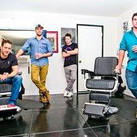 Foto scattata a Svelte Men Barbershop da Yext Y. il 9/10/2016