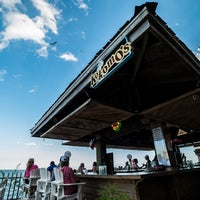 Photo taken at Emerald Beach Hotel by Yext Y. on 10/7/2016