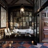 Das Foto wurde bei Cotton House Hotel Barcelona von Yext Y. am 2/21/2018 aufgenommen