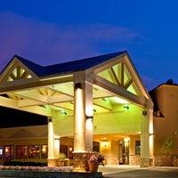 Photo taken at Holiday Inn Resort Lake George-Turf by Yext Y. on 2/28/2017
