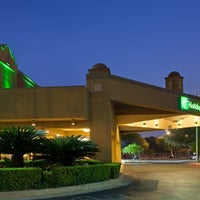 Photo taken at Holiday Inn San Antonio-Dwtn (Market Sq) by Yext Y. on 2/28/2017