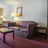 Photo taken at Quality Inn & Suites by Yext Y. on 6/28/2016