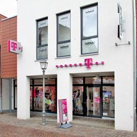 Photo taken at Telekom Shop by Yext Y. on 7/9/2018