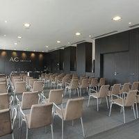 รูปภาพถ่ายที่ AC Hotel Padova โดย Yext Y. เมื่อ 2/21/2018