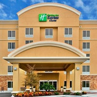Photo taken at Holiday Inn Express Lapeer by Yext Y. on 2/28/2017