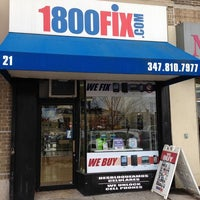Photo taken at 1800Fix | Electronics and Cell Phone  Repair by Yext Y. on 3/2/2017