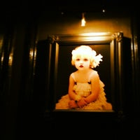 Foto diambil di Little Rose oleh Eric K. pada 12/4/2012