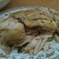 Photo taken at Suan Chicken Rice by Sufian O. on 6/28/2013