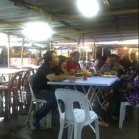 Photo taken at Pasar Malam Serian by Sri Langkau L. on 10/19/2013