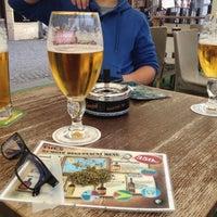 Photo taken at Che's café-bar by Martin G. on 6/18/2015