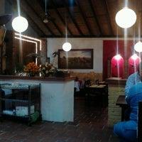 5/3/2013 tarihinde Carlos C.ziyaretçi tarafından Restaurante Tony'de çekilen fotoğraf