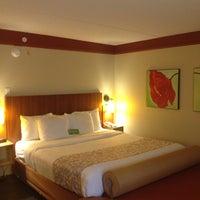 Photo taken at La Quinta Inn & Suites Memphis Primacy Parkway by jessika h. on 10/17/2014