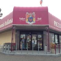 Photo taken at Piccolo's Gastronomia Italiana by Matthew🗽 on 3/23/2014