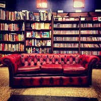 Foto tirada no(a) The Last Bookstore por Joseph R. em 5/10/2013