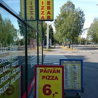 Photo prise au Mega Pizza & Kebab par Herkko V. le8/10/2014