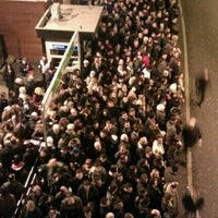 1/14/2013 tarihinde 3 i r C oziyaretçi tarafından Zincirlikuyu Metrobüs Durağı'de çekilen fotoğraf