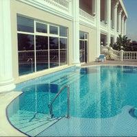 Photo taken at VIP Pool   Starlight Resort by Emiray T. on 7/23/2017