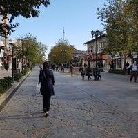 Photo taken at Alam-ol Hoda Street | خيابان اعلم الهدى by Reza M. on 11/22/2017