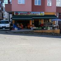 Photo taken at Mevsim Manavı by Ömer G. on 12/20/2014