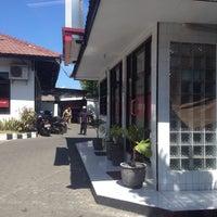 Photo taken at Bank Jatim by Indira Renantera on 9/23/2013