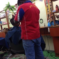 Photo taken at Kedai Gunting Style Guyss (Hair Dressing Saloon) by Syafiq A. on 10/25/2016