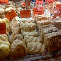 Снимок сделан в Пекарня пользователем Olya M. 4/24/2013