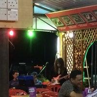 Photo taken at Restoran Juara Ikan Bakar 24 Jam by queenb on 8/25/2014