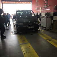 Photo taken at Konya Oto Check-up Ekspertiz Merkezi by Osman G. on 3/27/2018