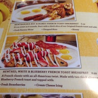 Photo taken at Denny's by mSpRiSyFuSyBuns on 5/26/2014