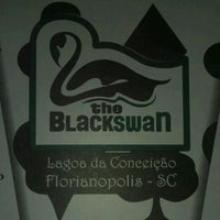 Foto tirada no(a) The Black Swan por Bruno Thales C. em 5/31/2013