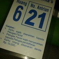Photo taken at Dr.Erna Beauty&Healthy Skin Care - Pulomas , Kampung Ambon by Citra N. on 7/5/2014