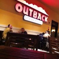 Foto tirada no(a) Outback Steakhouse por Leonardo S. em 9/29/2012