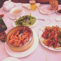 Photo taken at Fuleen Seafood Restaurant by Heyjin K. on 8/4/2013