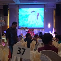 Photo taken at Klang Palace Restaurant by Carson L. on 9/6/2014