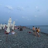 Снимок сделан в Самый южный пляж России пользователем Александр М. 8/28/2017