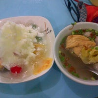 Photo taken at Bakso dan Es Campur Miroso by Ria A. on 6/18/2013