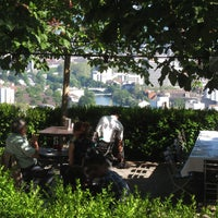 6/8/2014 tarihinde Restaurant Die Waidziyaretçi tarafından Restaurant Die Waid'de çekilen fotoğraf