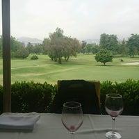 Foto tirada no(a) Club de Golf Los Leones por Pablo B. em 10/12/2016