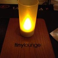 Das Foto wurde bei Tiny Lounge von Amy M. am 12/28/2012 aufgenommen