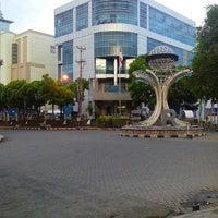 Photo taken at Zero Point of Manado by Faishal U. on 4/24/2013