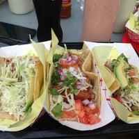 Photo prise au Oscar's Mexican Seafood par Tyler L. le7/7/2013