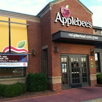 Photo taken at Applebee's Grill + Bar by Jenn N. on 9/14/2013