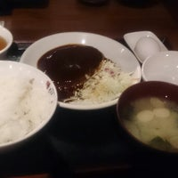 Photo taken at さくら水産 津田沼北口店 by Takahiro Y. on 4/16/2015