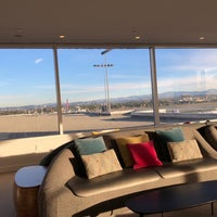 Photo taken at Virgin Atlantic Clubhouse Lounge by Carl B. on 12/11/2017