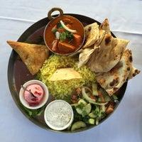 Снимок сделан в Masala Spices Of India пользователем Carl B. 10/29/2014