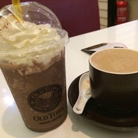 Photo taken at OldTown White Coffee by Qila M. on 6/21/2017