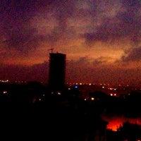 10/8/2012 tarihinde MæštrᎧ  🌙ziyaretçi tarafından Palmiye Cafe'de çekilen fotoğraf