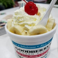 Photo taken at Goodberry's Frozen Custard by Steve D. on 6/16/2017